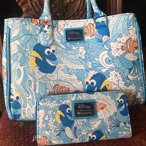 a72d1b1a2ed Brand new Disney lounge-fly Nemo purse and wallet.